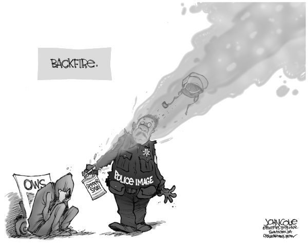 John Cole - The Scranton Times-Tribune - Pepper spray backfire BW - English - OWS, OCCUPY WALL STREET, POLICE, PEPPER SPRAY, WALL STREET