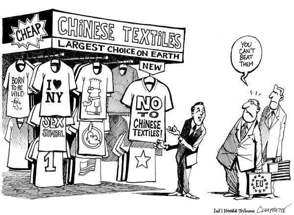 Patrick Chappatte - The International Herald Tribune - Chinese T-shirts Invasion - English - China, Europe, USA, World, Trade, WTO, Textiles, Clothes, t-shirt, t-shirts, trade, imbalance, US, new york, vendor, vendors, chinese, fabric, trade, invasion