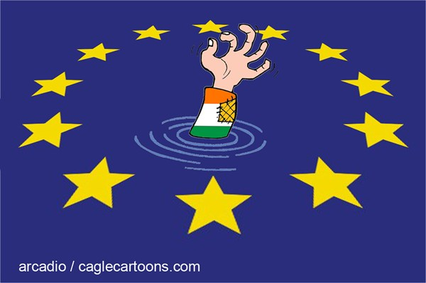 87376 600 Italy Sinking the European Union COLOR cartoons
