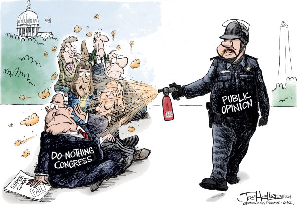101568 600 Pepper Spray cartoons